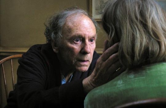 Jean-Louis Trintignant et Emmanuelle Riva dans une scène de «Amours».