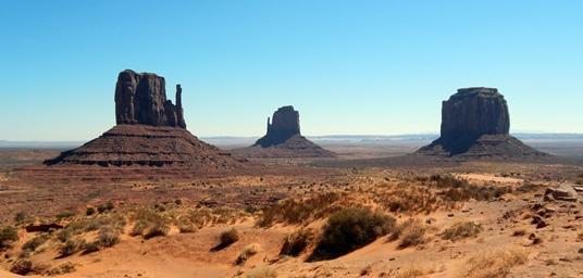 Dès notre arrivée à Monument Valley, nous avons été saisis par une grande émotion de beauté.