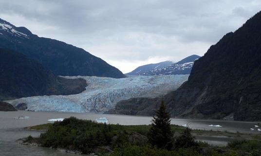 Les glaciers de l'Alaska sont très beaux même si leur taille a diminué.
