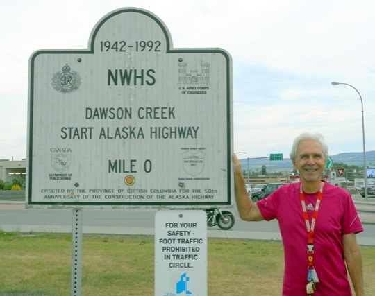 La route de l'Alaska commence à Dawson Creek.