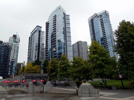 Vancouver est une jolie ville, à condition d'aimer les gratte-ciel, très nombreux.
