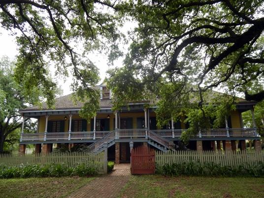 La plantation Laura présente l'intérêt d'avoir appartenu à une famille créole française pendant presque un siècle.